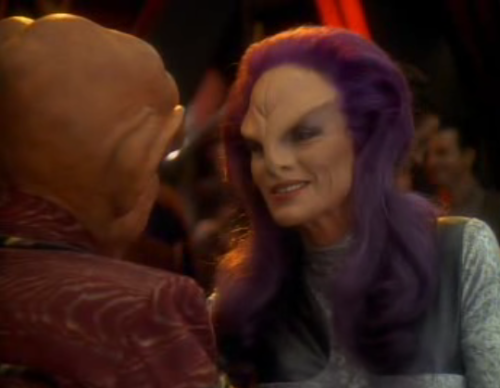 "fuckyeahdeepspace9:  Rionoj: ""I have some salvage for you, Quark."" Cat suit alien lady! You are back! This had better be cooler than Li Nalas's earring…  RIONOJ!!!!!I LOVE YOUR HAIR FOREVER"
