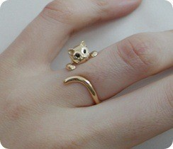 sarsm:  theprofessormembrane:  optimisticghost: NYAAA I WANT <3   WANT.  very cute! I want it <3