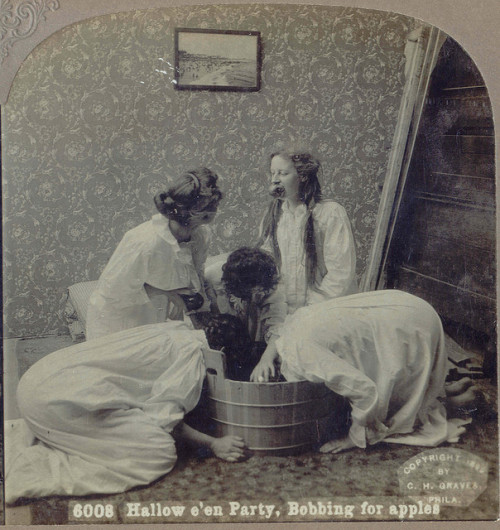 "1899 ""Hallow e'en Party, Bobbing for apples."" (via otisourcat)"