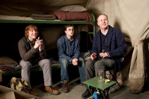 "Go on-set of 'Harry Potter and the Deathly Hallows: Part 1'   MakingOf has posted four new on-set featurettes that take you behind-the-scenes of the magic and mystery of 'Harry Potter and the Deathly Hallows: Part I.' Stars Daniel Radcliffe, Emma Watson, Rupert Grint are joined by director David Yates as they film scenes for the epic finale, discuss the conclusion of the story, and the journey along the way. Radcliffe assures that fans will not be disappointed saying, ""It's going to be very exciting for people."" 'Harry Potter and the Deathly Hallows: Part I' hits theaters November 19. 'Part II' will follow July 15, 2011.  Watch four new featurettes here."