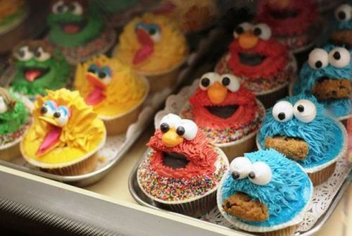 probably the coolest cupcakes in the world :)