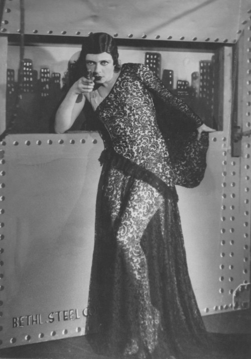 "Ilse Bois as a Chicago Moll in ""Achtung Aufnahme"" at the Kadeko  from Cabaret Berlin"