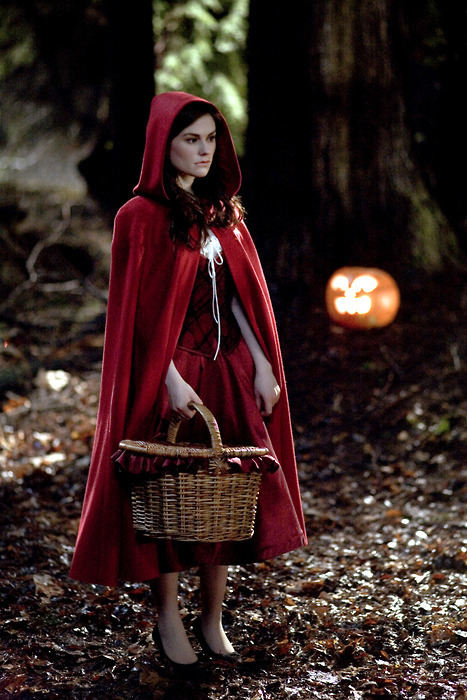 Anna Paquin in Trick 'R Treat (2008,Michael Dougherty)