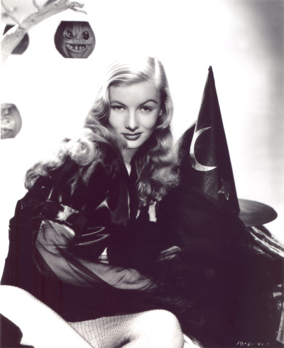 prettyactress:  Veronica Lake as Jennifer in I Married a Witch (1942)