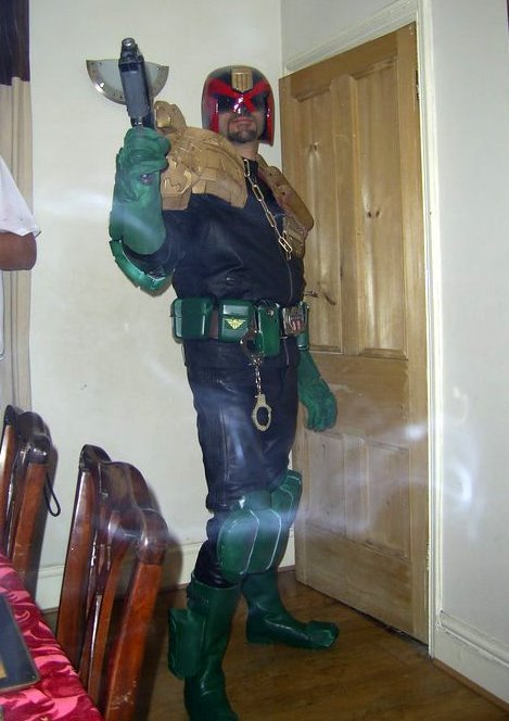 Date: 30th Oct. 2010 Location: Worcester, UK. Subject: Judge Dredd cosplay Costumes by: Guru Mog Models: Mog as Judge Mental