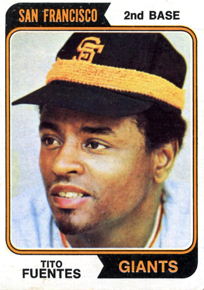 Tito Fuentes of the @SFGiants with an interesting way to wear a headband