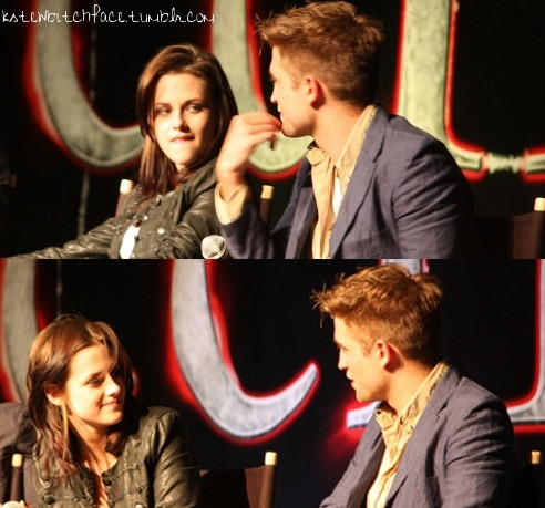 I love the way she's looking at him. I miss these two. <3