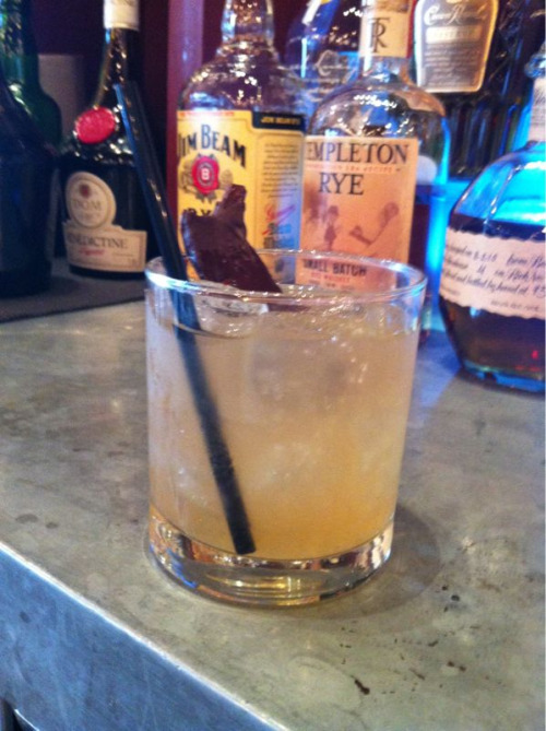 November Drink of the Month:  The Bone!  Warm your bones with this great bourbon drink! Some quality Bourbon, a bit of lime juice, some simple syrup to add some sweetness and a dash of Tabasco to warm your belly! Served with a piece of chocolate covered BACON!  This is a guy's drink that ladies will love, too!  Come get the Bone all month at Firefly Grill for only $7!