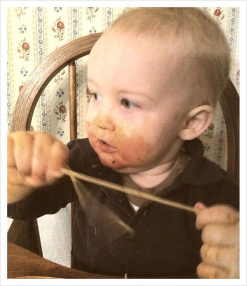 Monday Night Supper: Spaghetti for the first time! Noah likes!