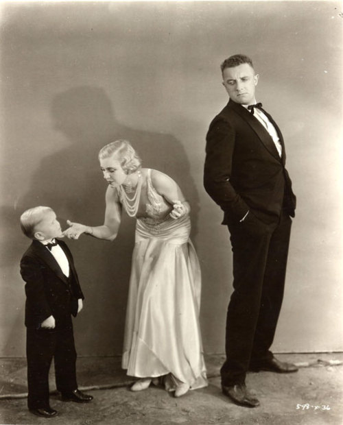 Love Triangle in Freaks 1932