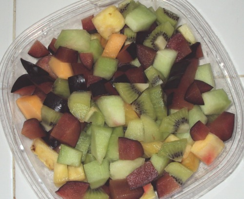 bliss4:  store bought fruit mix, I added Kiwi, and plums. I could eat this morning, noon, & night!  me too!