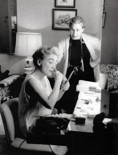 Joan Crawford and Eve Arnold in 1959 Photographed by Gordon Parks Image Source: LiveJournal