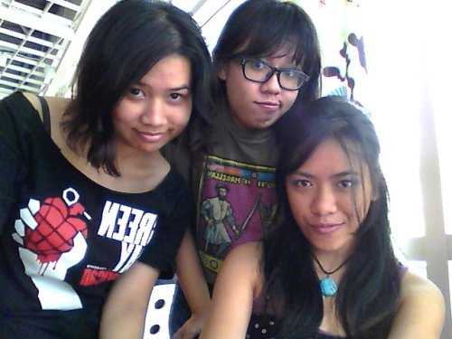 "armyysaysno:  ""homework"" lunch at Ikea with my rainbow warriors :)  I love my herpin' face :D Ikea is like our hideaway."