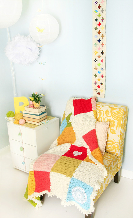 such a nice bright space french-knot:  via gluestickgirl
