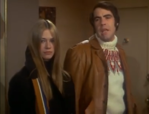 Marilyn Chambers and Robert Klein in The Owl and the Pussycat