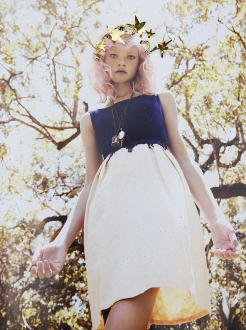 fionacullen:  (via youandmesunday)  Material Girl Winter 2010 - Courtney Vogler by Elliot & Erick Jimenez