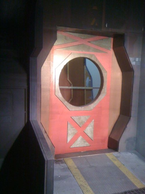 TLOA Space ship hatch door - Before