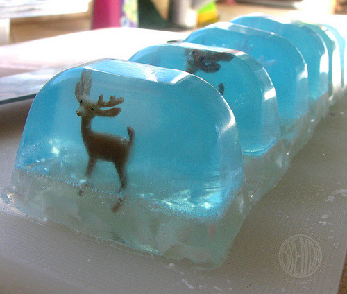 Snow-Globe Soap | Alphamom