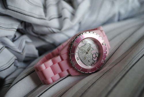 hello-kitty:  Pink Hello Kitty Watch /  lovealways-mia