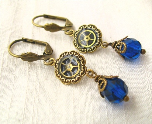 I don't generally wear earrings, but I really like these. http://www.rivkasmom.com/