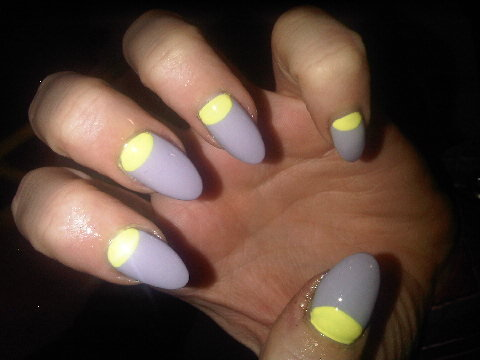 wahnails:  Neon Sharks!  Love the shape, very Sophy Robson.