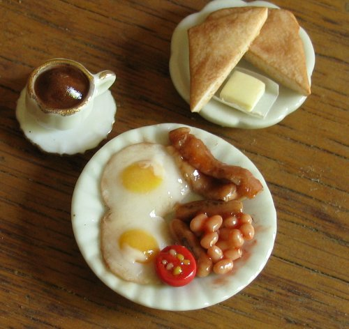 Miniature Food Sculptures by Kim Burke