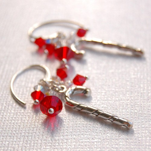 Handmade Christmas Earrings by GreenRibbonGems on Etsy