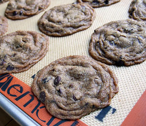 findvegan:  Gluten-free and vegan chocolate chip cookies.
