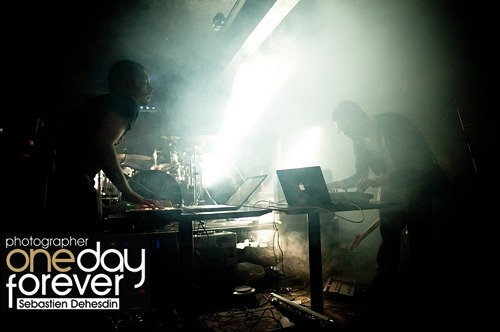 This is a snap of us playing at Electrowerkz on the 10th November, with Esben and the Witch. Thanks to Sebastien Dehesdin for the photo, there are more here: http://onedayforever.photoshelter.com/gallery/Esben-and-the-Witch-Gallops-worriedaboutsatan-Electrowerkz-London-10-Nov-2010/G0000dO9lQhyAPYY g x