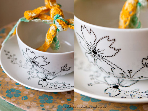 gluestickgirl:  diy {painting on ceramic and porcelain} » ashleyannphotography.com