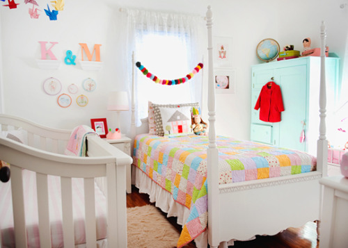 K & M's Colorful Handmade Shared RoomSmall Kids, Big Color Entry #30 | Apartment Therapy Ohdeedoh
