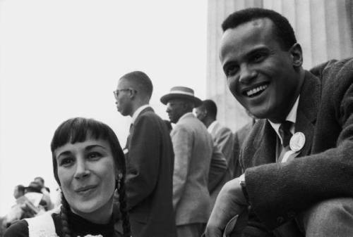 paul schutzer - harry belafonte and wife julie at prayer pilgrimage for freedom, 1957