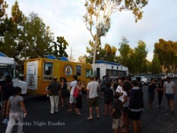 OK LA it's time for an all vegan food truck. The OC has one and we don't. Now that's just sad.  Nonetheless, follow the seabirds truck for some vegan fast food!  http://seabirdstruck.com/