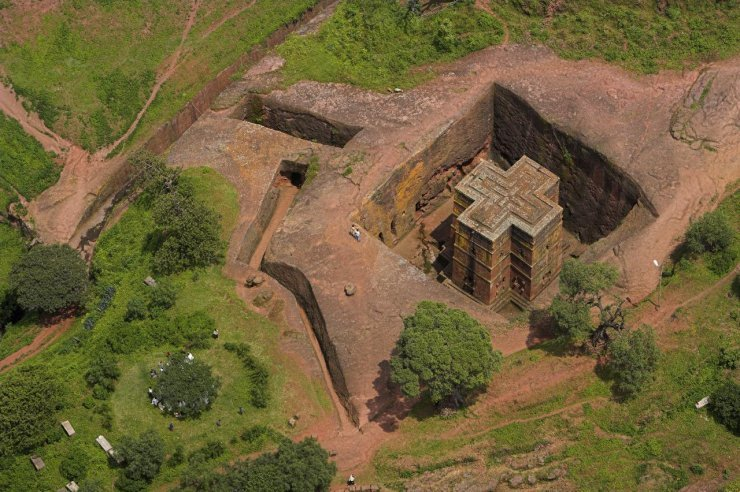 kilele:  Lalibela from the air, Ethiopia