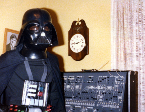 The Dark Lord getting ready to get all sith style on the moog.