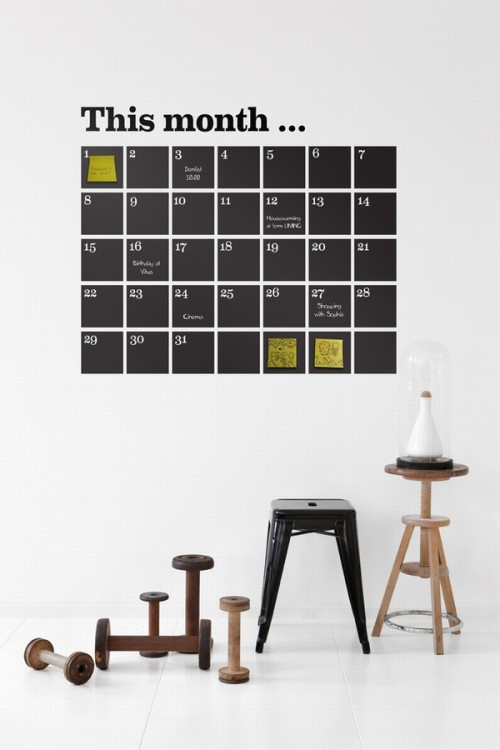 Oh, my!  A calendar, painted on the wall using blackboard paint so you can just go ahead and write on it it with chalk and stick brightly coloured post its on it??? FANTASTIC! ** EDIT:  Just thought, not so handy for planning anything the following months…