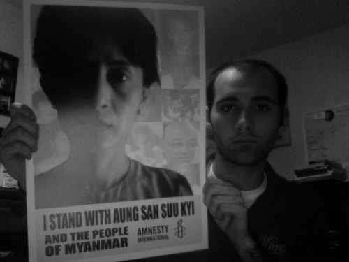 I stand with Aung San Suu Kyi AND THE PEOPLE OF MYANMAR/BURMA!  Suu Kyi is now free, but we mustn't let up. we must keep the pressure on Senior General Than Shwe and the government as a whole. we must work to free the 2,200+ political prisoners. we must unite and work together. we must support the plight of Suu Kyi and all the Burmese for a free and democratic Burma. [FREE BURMA!]
