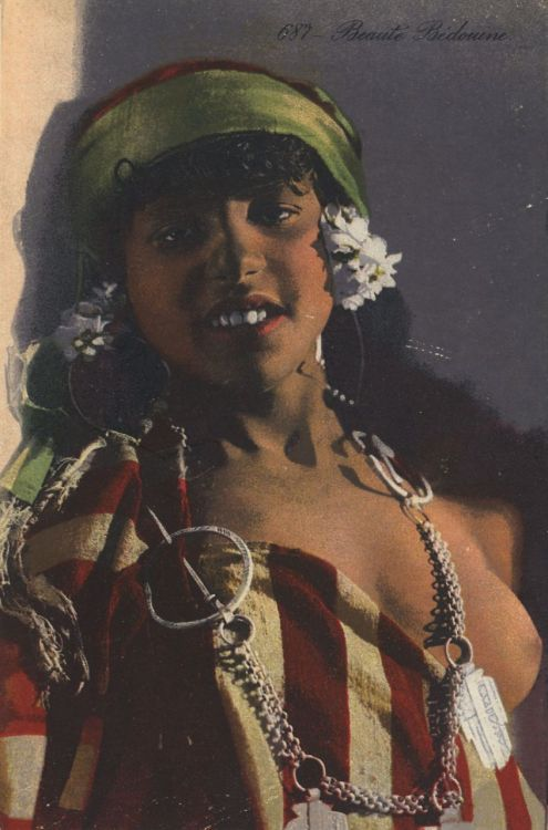 Bedouin beauty 1920s by Lehnert & Landrock