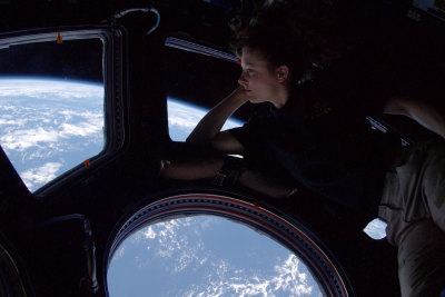 Astronauts are awesome. Tracy Caldwell Dyson Earth gazing from aboard the ISS.