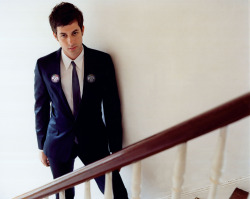 @iammarkronson rocks @ffffuckit with so much drama. Kudos, Mr. Ronson!
