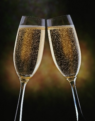 Wondering where to spend New Years Eve 2010? Look no further. We've listed the major venues in Chicago and Chicagoland area with NYE shows and events where you can ring in the new year. We were only able to find 18+ and 21+. If you know of any all ages or 17+ shows/events, let us know! If we're missing any important ones, leave the info in our ask box or shoot us an e-mail at storiesfromascene@gmail.com. → → → http://storiesfromascene.tumblr.com/newyearseve ← ← ←