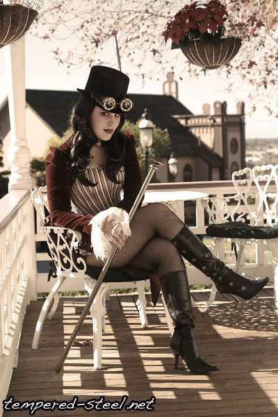 steampunk-beauties:  Steampunk beauty of the day brought to you by tempered-steel.net.  Check out those steampunk goggles!