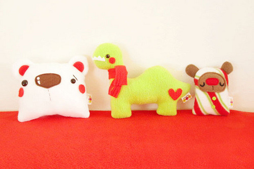 Holiday Plush Toys! Available at the Plush Team shop (click through!)