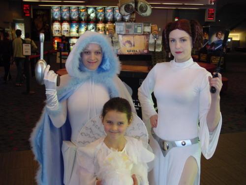 princess leia slave cosplay. Padmé Amidala amp; Princess Leia