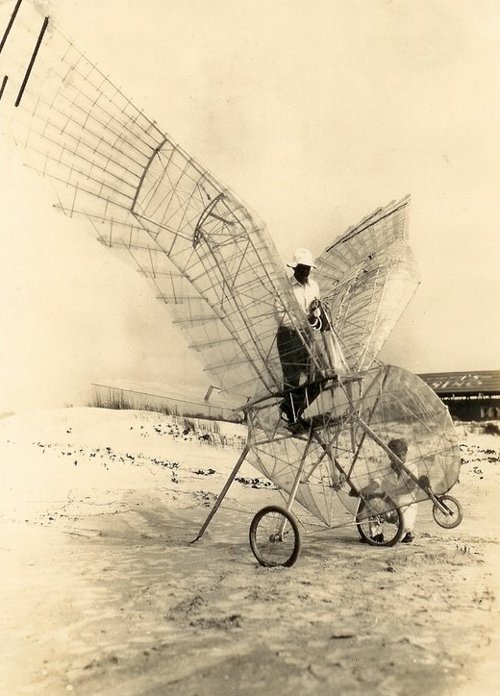 more of the George White Ornithopter, 1928 (via Paul Dunlop, from the personal collection of Tim White - the inventor's grandson)
