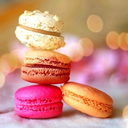 dreamgirldiaries:  *perfect candycakes* <3   Macaron!