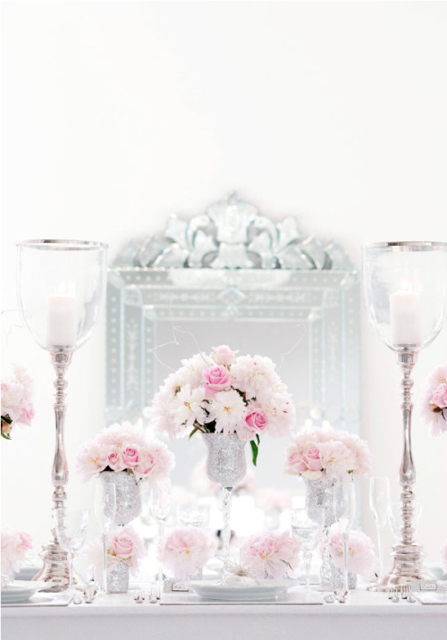 A wedding setup that looks way expensive — but very pretty and classy definitely