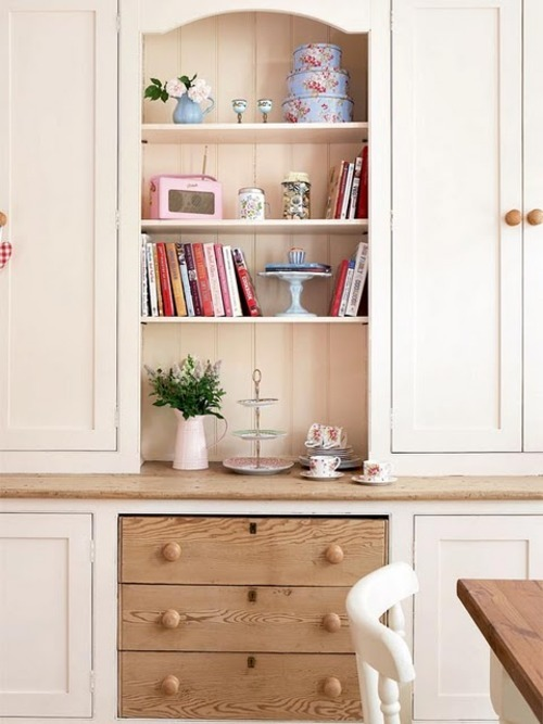 Little Emma English Home (thx konfetti to find this nice blog)