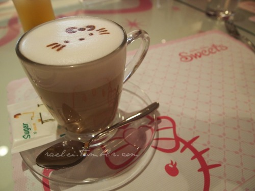 Hello Kitty Coffee / raelei