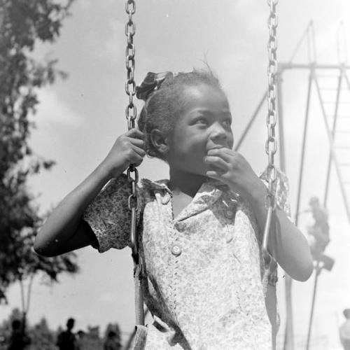 eliot elisofon - life goes to recess, ontario, california, 1942